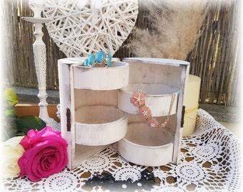 Shabby chic - jewelry box white