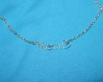 A Necklace for Mom