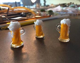 Pale Ale beer mug pendant