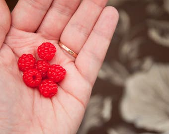 1 PCS/Raspberries/Berries made of polymer clay