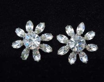 flower rhinestone vintage earrings screw back