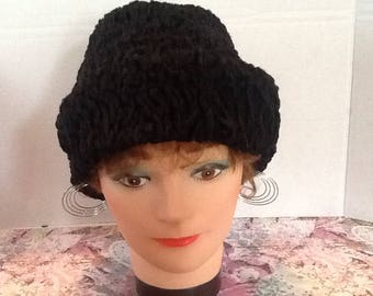 A vintage 1940s- 1950s Nouveautes black persian lambswool boxhat in excellent shape, made in france retro Jackie Kennedy style hat