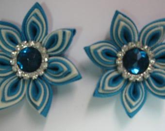 Kanzashi Tsumami Fabric Flowers. Set of 2 Hair Clips. Light Blue and White Flower. Grosgrain Ribbon