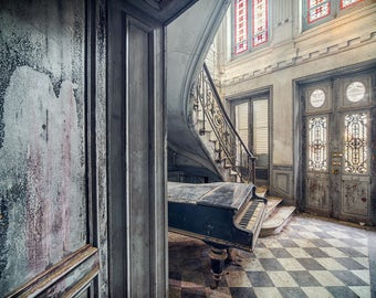 Fine art photography from a Hall in an abandoned Villa in Europe
