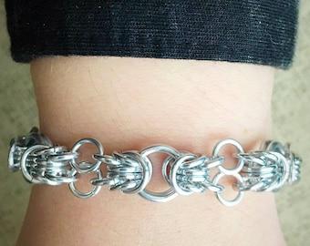 Chainmail Bracelet - Sunbeam Orbital Rays Weave in Bright Silver