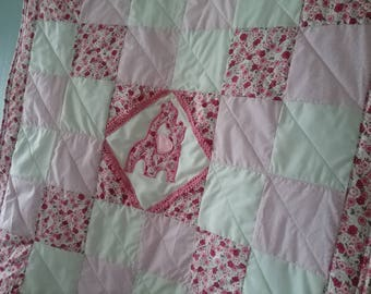 Pink baby blanket, baby quilt, cover, giraffes, play mat