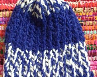 Blue strip hat (9 months)