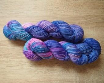 Hortenzie Merylon - hand dyed yarn