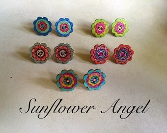 Cute boho hippy, wooden button earrings, studs. 5 different colours.