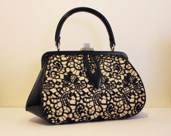 ROMANTIC vintage handbag