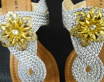 Step Out In Style In Stunning Gold Flower Clippetts