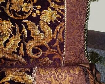 Decorative cushions 'Chimeras'