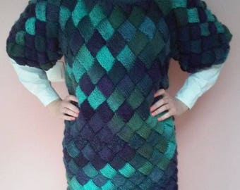 Incredible Women Tunic Entrelac