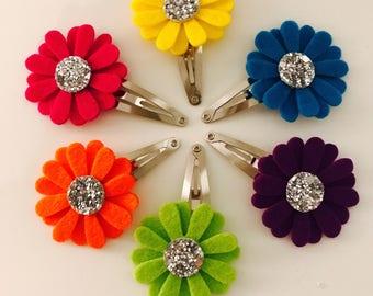 Dainty Daisy Flower Fringe Clip