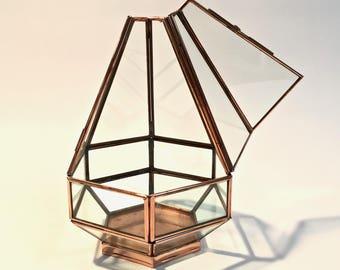 Box hexagonal brass and glass