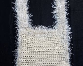 CROCHETED SLOUCH BAG