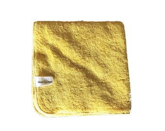 Color changing Plant dyed, Organic cotton washcloth in Sunshine yellow. Super plush, nourish with nature.