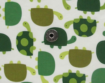 FAT EIGHTH Turtle Print Quilting Cotton | Novelty Print fabric from the Zoologie Collection by Ann Kelle for Robert Kaufman