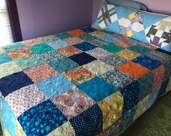 Queen size quilt - handmade quilt - Full Size Quilt - Patchwork Quilt - Quilted Bedspread - Retro Bedding - One of a Kind - Homemade Quilt