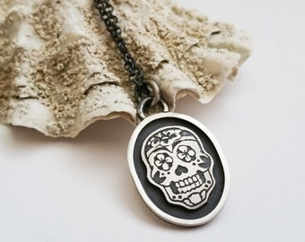 Etched Sugar Skull Pendant in Sterling Silver