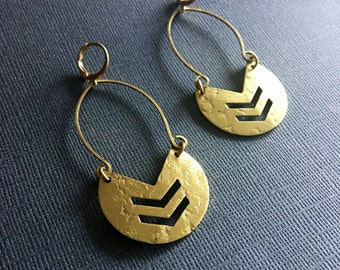 Lightweight Brass Modern pointy-circle Shaped Crecent moon Hoop Earrings - Statement Earrings - minimalist Earrings - brass hoops -