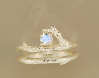For Jo Reef engagement ring with silver diamond