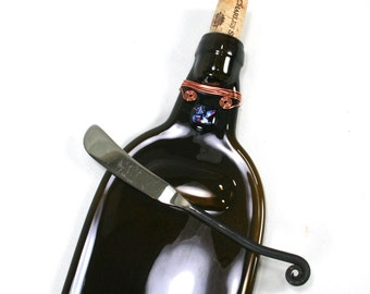 Dark Amber Wine Bottle Serving Tray with Dichroic Glass and Cork and Spreader - Recycled Eco-Friendly