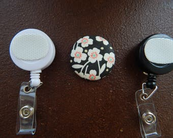 Fabric Covered Button for Clip on Retractable Badge Reel - White Flowers