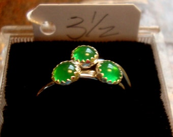 Emerald Green Chalcedony ring 5mm , skinny stacking size 3, Promo/Prototype * Ready to Mail * BIG SALE * solid sterling silver