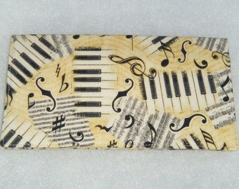 Checkbook Cover - Musical Notes2