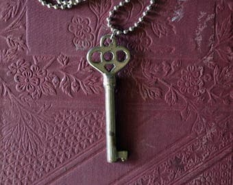 Ornate Skeleton Key Necklace - Antique Key Pendant - Key To My Heart Necklace - Authentic Skeleton Key Necklace - Silver Skeleton Key