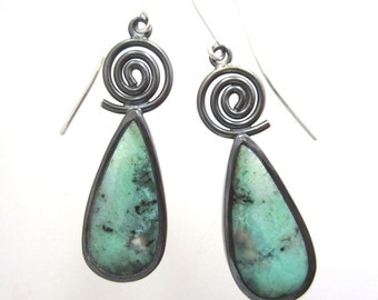 Chrysophrase Cabochon and sterling silver dangling earrings, antiqued green earrings with swirl