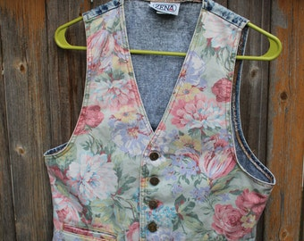 VINTAGE stonewashed denim ZENA brand ladies vest
