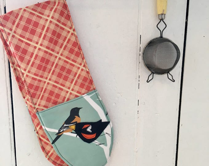Featured listing image: Baltimore Oriole Double Oven Mitts with Felt Applique birdy birds