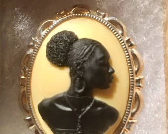 AFRICAN woman CAMEO pin set in Silver tone 30 X 40MM speciality cameo unusual cameo ethnic cameo