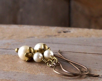 Bridal Jewelry - Pearl Jewelry - Boho Jewelry - Hypoallergenic - Wedding Jewelry - Ivory Pearl Earrings - Titanium Earrings - Vintage Style