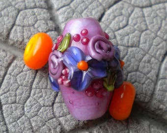 Pink Floral Bicone Lampwork Beads by Cherie Sra R114 Flamework Beads Raised Floral Bicone Bead Purple Floral Vine Cane Leaf Pink Buds Focal