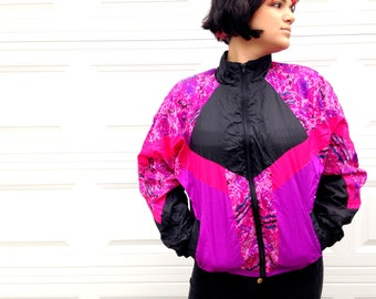 1990's Pink and Black Windbreaker in Women's Small / xs small parachute jacket / neon pink and black purple / active pockets zipper