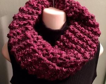 SALE Outlander Sassenach Cowl Outlander chunky knit, raspberry womens cowl, sassenach claire, chunky cowl, Outlander Cowl, Outlander Scarf