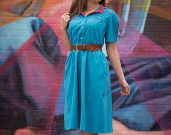 ON SALE Vintage Turquoise Waitress Style Dress (Size Medium/Large)