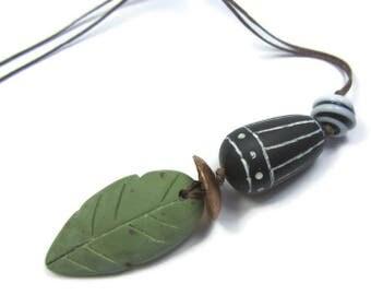 Leaf Pendant Her, Nature Pendant Boho, Green Leaf Pendant, Necklace Boho Green, Polymer Clay Pendant, Pendant White Black, Minimal Pendant