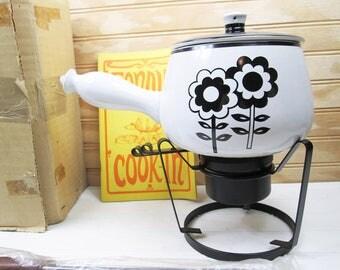 Vintage Ceramic Fondue Pot Set Black & White Retro Flower Power Floral Japan New Box