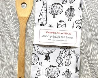 Veggie Tea Towel - Screen Printed Tea Towel - Kitchen Towel - Flour Sack Towel - Gardener Gift - Cook Gift - Gifts Under 20 - Vegetables