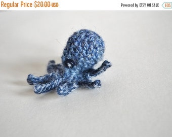 January Sale Tiny Octopus in Denim Blue - Mini Octopus Worked in Blue Shaded Yarn. Button Eyes. Baby Octopus. Amigurumi Sea Creatures, Tenta