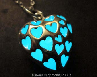 Love Spell Heart Glow Necklace