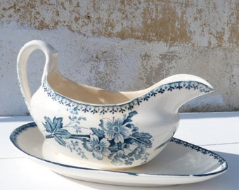 Vintage French  1900  transferware Longwy Floral & bird  pattern  sauce boat/service mesange