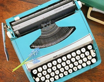 Writer's Block... Vintage Turquoise Blue Smith Corona Corsair Deluxe Made in England Portable Typewriter with Carrying Case
