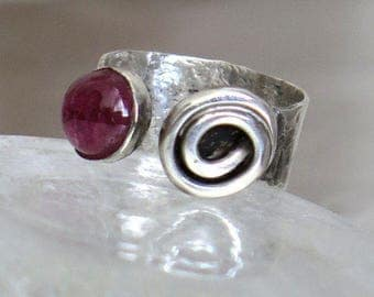 Silver Tourmaline Ring, Open Silver Ring, Gemstone Stone Ring, Ring With Gemstone, Rustic Silver Ring, Tourmaline Gemstone, Pink Tourmaline