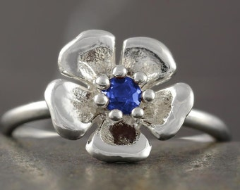 SALE - 50% off the original price - Sapphire flower ring in sterling silver- stackable sakura cherry blossom dainty ring
