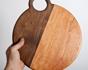 "Modern and rustic round serving board / cutting board 10"" diameter"